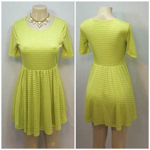 Forever 21 Dresses - FOREVER 21, Pull Over Dress, size Large